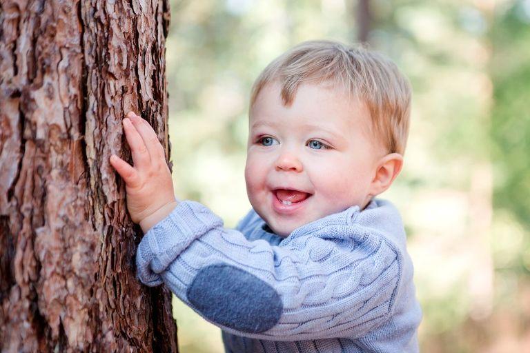 portrait bébé exterieur