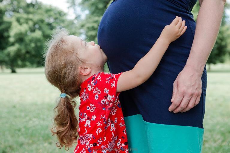Photographe femme enceinte. Séance photo en famille Versailles